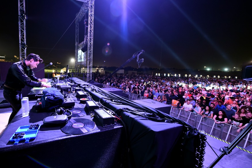 DJ Mark Ronson at Green Grooves Abu Dhabi